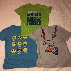 Cat & Jack graphic tees bundle